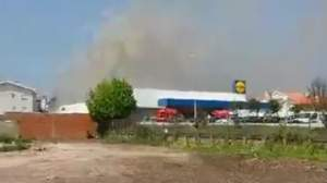 Tragedie. Supermarket Lidl, distrus de un avion: cinci morți (VIDEO)
