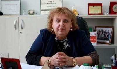 """Diana Bulgaru Iliescu, șefa IML, sub control judiciar pentru mită. Fapte derizorii: șpagă în cutii cu măști și cadouri pentru a """"pune o pilă"""" la UMF"""