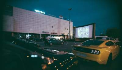 "IULIUS MALL Iași te invită să vizionezi filmele  ""CASABLANCA"" și ""DOCTOR SLEEP"", la DRIVE-IN CINEMA!"